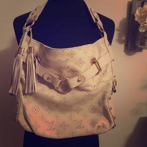 Louis Vuitton cream leather purse